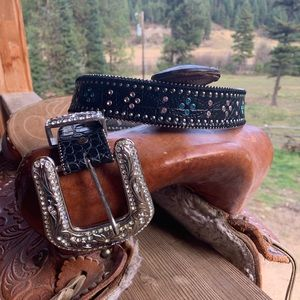 Western Cowgirl Leather Belt with lots of Bling